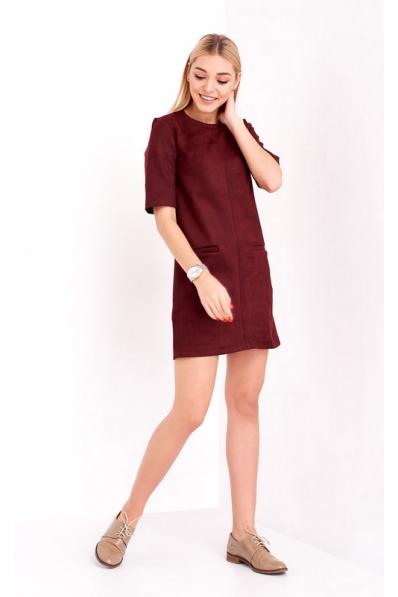 Классное замшевое платье вишневого цвета