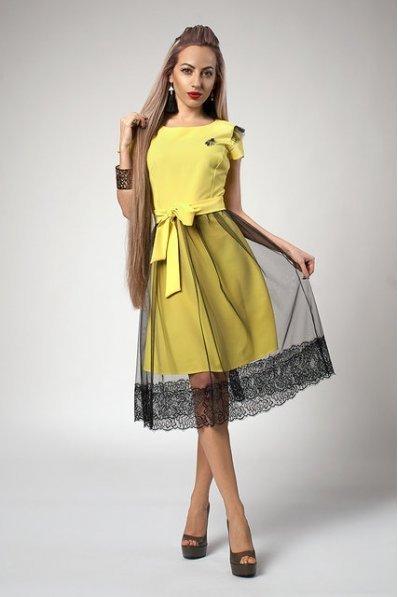 Коктейльное платье желтого цвета