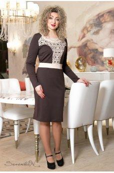 Изысканное коричневое платье с перфорацией
