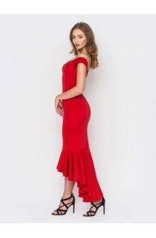 Нарядне червоне плаття з асиметричним низом