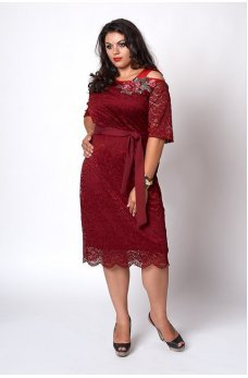 Кружевное платье бордового цвета