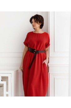 Красное яркое платье макси с украшением