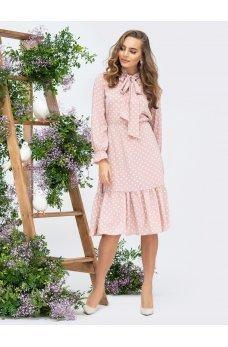 Нежное весеннее платье пудровое в горошек