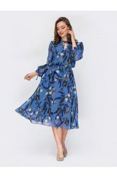 Нежное голубое шифоновое платье с флористичным принтом