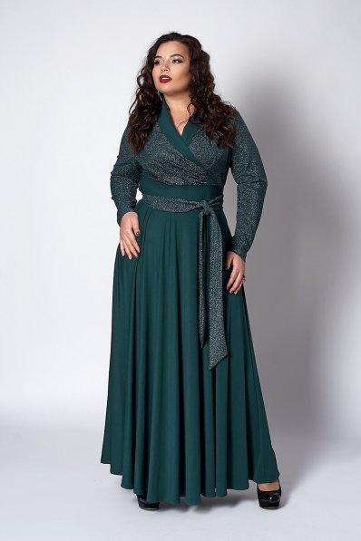 Нарядное длинное платье зеленого цвета
