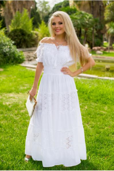 Нарядный длинный белый сарафан