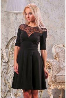 Нарядное черное платье с пышной юбкой