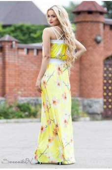 Нежный желтый сарафан в пол