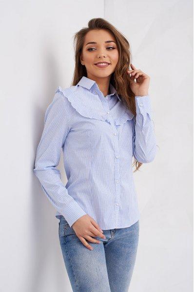 Нежная голубая блуза прямого покроя в тоненькую полоску