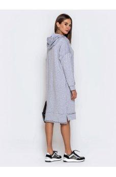 Свободное светло-серое платье с карманами