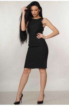 Черное платье с боковыми разрезами