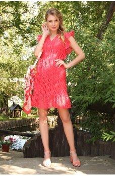 Красное платье из прошвы