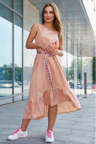 Молодежное платье бежевого оттенка из стрейч-коттона