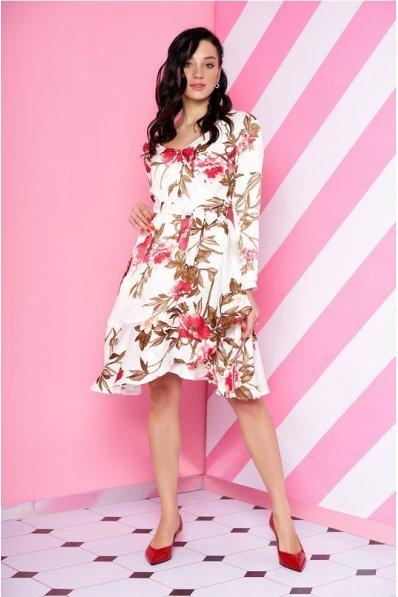 Романтическое белое платье в цветочный принт