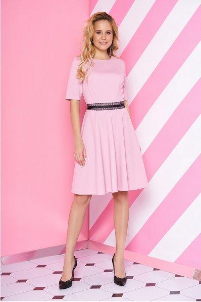 Трикотажное платье нежного розового цвета