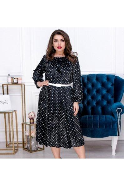 Велюровое платье черного цвета в белый горошек