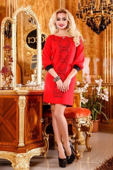 Обворожительное красное платье туника