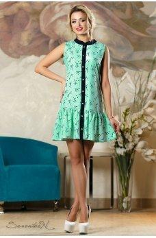 Очаровательное легкое зеленое платье