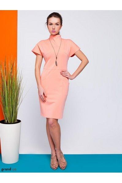 Платье персик с карманами