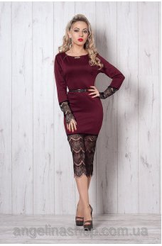 Интригующее платье винного цвета