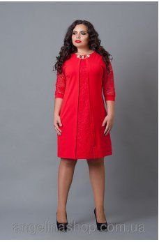 Праздничное красное платье со вставкой из гипюра