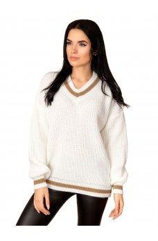 Светлый вязаный свитер с V-образным вырезом и контрастной вставкой