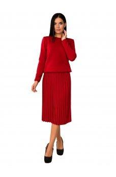 Теплый вязаный красный костюм с плиссированной юбкой