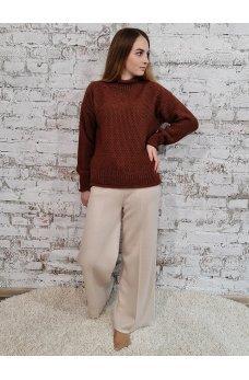 Теплый свитер кирпичного цвета