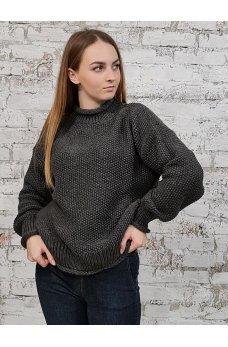 Теплый свитер графитового цвета