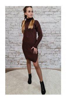 Вязаное платье шоколадного цвета с разрезами по бокам