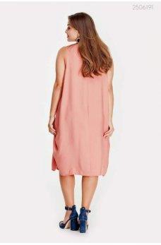 Легкое летнее платье розового цвета
