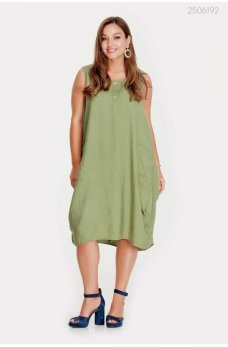 Легкое летнее платье цвета хаки