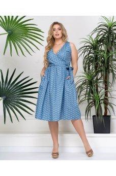 Голубое джинсовое платье на запах