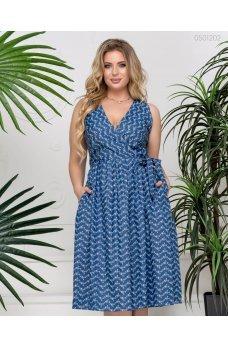 Синее джинсовое платье с принтом