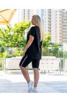 Черный модный спортивный костюм