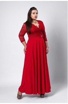 Нарядное красное платье в пол с гипюром