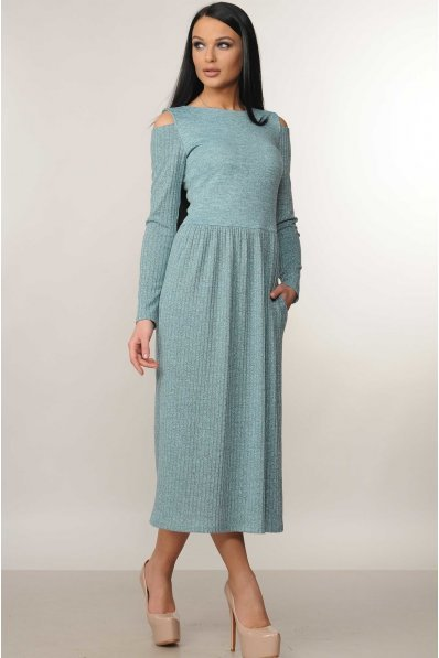 Романтичное платье миди с открытыми плечиками