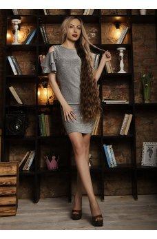 Нарядное платье с люрексом серого цвета с вырезом на спинке
