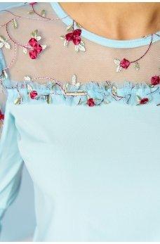 Романтичная блуза голубого цвета