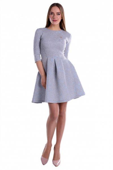 Романтичное пастельное платье жаккард голубое