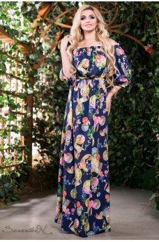 Романтичное синее платье с узором