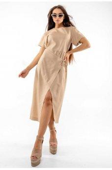 Бежевое летнее платье с запахо
