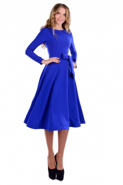Синее платье миди с брошью
