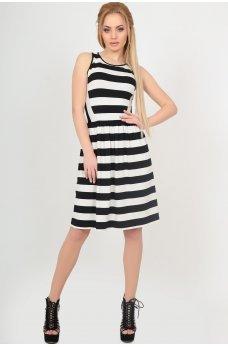 Стильное платье в полоску с пышной юбкой