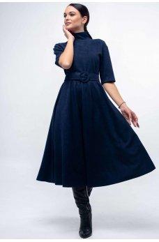 Темно-синее замшевое платье с пышной юбкой