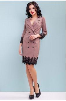 Бежевое платье пиджак с кружевом по низу