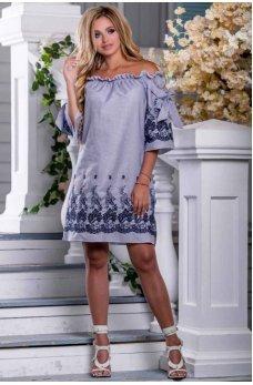 Летнее молодежное платье в бело-синюю полоску