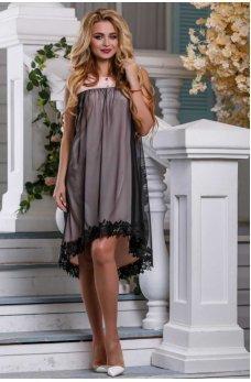 Молодежное свободное платье персикового цвета с черной сеткой