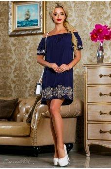 Летнее женственное платье темно-синего цвета