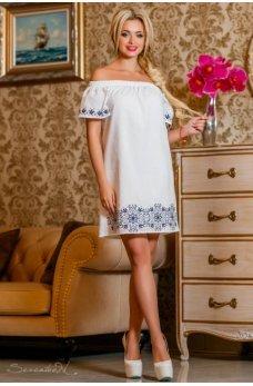 Летнее женственное платье белого цвета